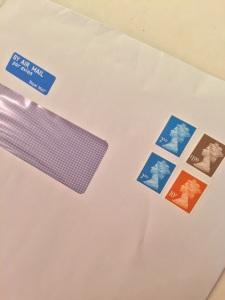 ビザ用の書類到着